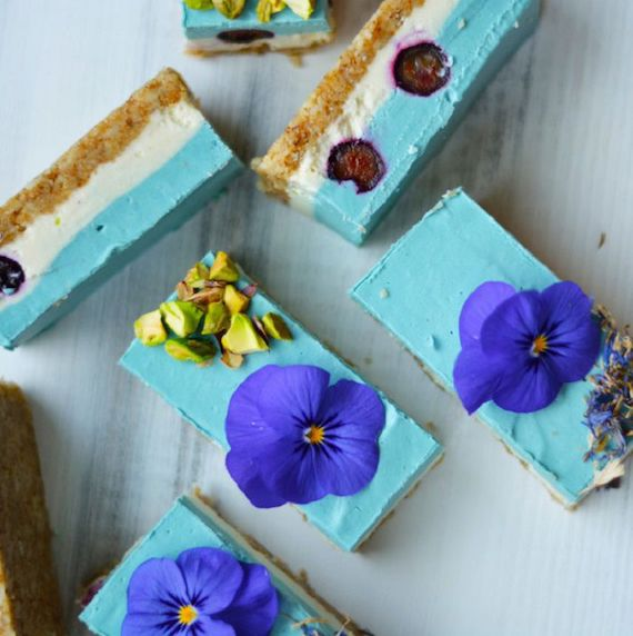 blue-majik-cheesecake-with-e3-live-blue-majik-3-1140x760